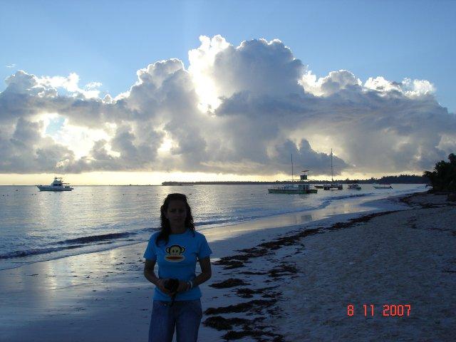Martina a Láďa 7.9.2007 - ráno u oceánu