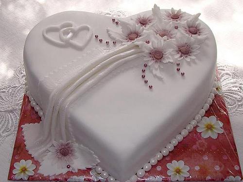 Svadobne torty, zakusky - Obrázok č. 98