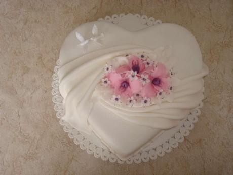 Svadobne torty, zakusky - Obrázok č. 96