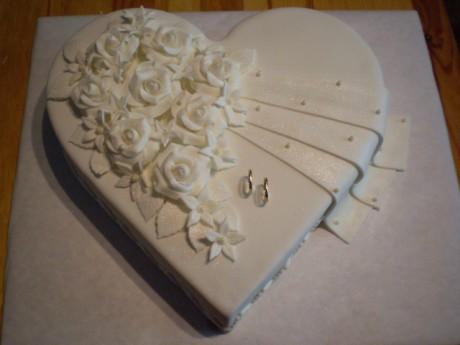 Svadobne torty, zakusky - Obrázok č. 94