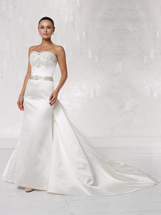 TOP svadobní návrhári :) - Kathy Ireland