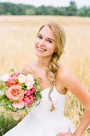 """""""Keby som sa mohla odviazať, moja svadba snov by vyzerala takto..."""" - Jednoduchý účes"""