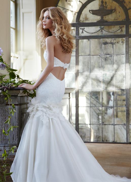 TOP svadobní návrhári :) - Hayley Paige