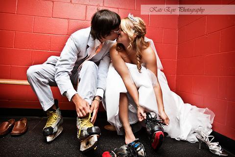 GÓÓÓÓÓÓÓÓÓÓÓÓL ..... alebo.... Aj ženy milujú hokej :) - Obrázok č. 2