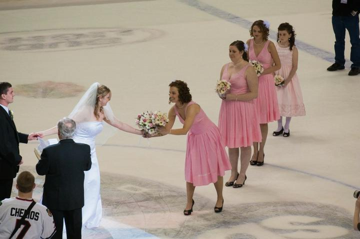 GÓÓÓÓÓÓÓÓÓÓÓÓL ..... alebo.... Aj ženy milujú hokej :) - Obrázok č. 50