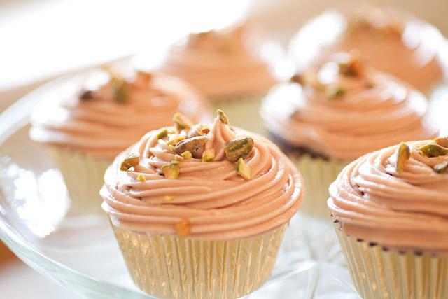 Svadobné cupcakes :) - Obrázok č. 9
