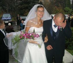 miláček se plácá po hlavě,co to udělal:-))