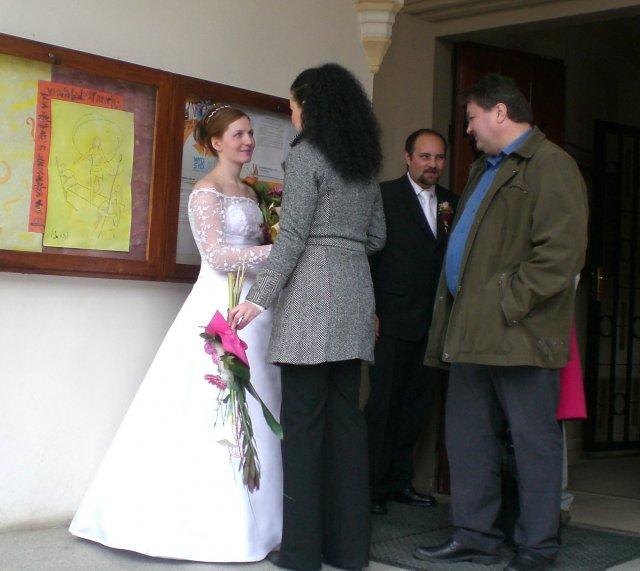 Júlia Czaková{{_AND_}}Peter Jaňák - gratulanti