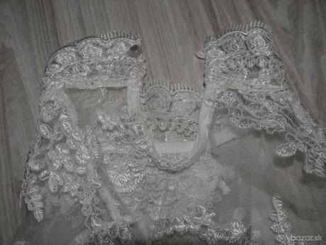 Extravagantné, asymetrické svadobné saty M/L - Obrázok č. 4