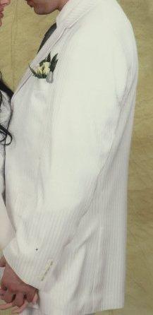Biely kvalitny svadobny oblek - Obrázok č. 3