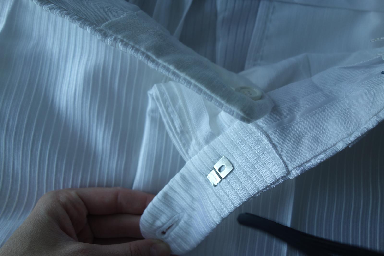 Biely oblek - Obrázok č. 3
