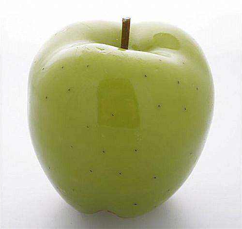 Zelená, kam sa pozrieš - stále decentne a vkusne - umelé jabĺčko... ktoré nikdy neostarne :-)