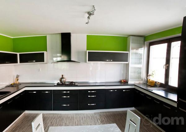 Zelená, kam sa pozrieš - stále decentne a vkusne - Obrázok č. 191
