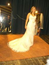 Na svadobnom veltrhu bolo rušno a vyskúšala som si aj Kiri (On wedding fair..tried these)