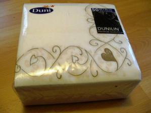 vytúžené servítky, Dunilin Tesoro 40x40, ktoré mi moj manžel-to-be objednal na želanie