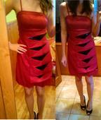 Krátke červené šaty, S