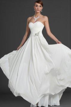 Máte tyto svatební šaty z webu Svět krásných šatů ... - str. 2 07eeefa590