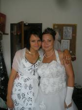 Fotečka s mojou družičkou a kámoškou Maťkou