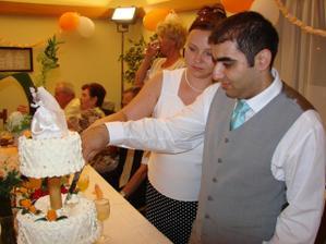 Krájanie torty po polnoci, bola skvelá