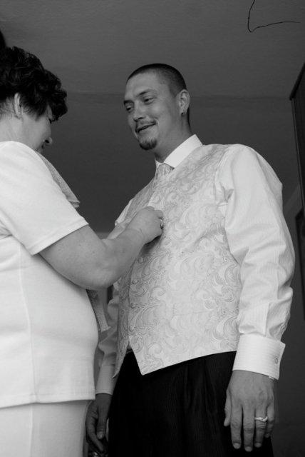 Tina a Peco - prípravy ženícha