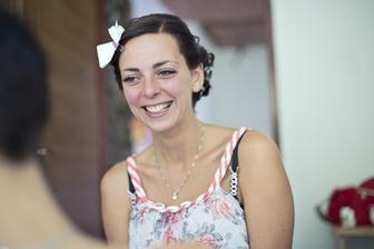 Vysmátá nevěsta :)