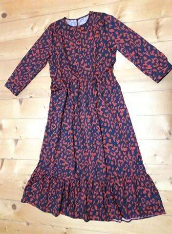 Zaujímavé šaty - Obrázok č. 3