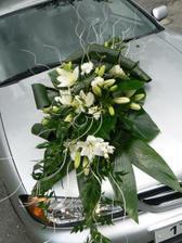 Na svatební auto, ale v bordó