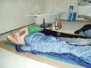 1. noc v budoucí ložnici - 2.6.2008 (zaháním škytavku :-))