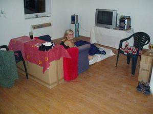 občas tu už přespíme (7.8.2008-2 dny před nastěhováním)