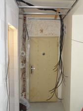 Den 12 - stare dvere uz se tam zacinaji nehodit :)