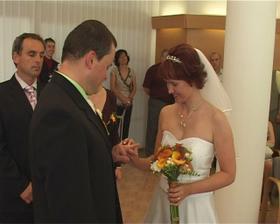 fotka z videa-prstýnky