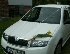 Auto pro nevěstu