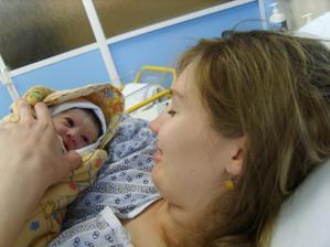 A 4.11.2008 se nám narodila Eliška 2,8 kg a 49cm