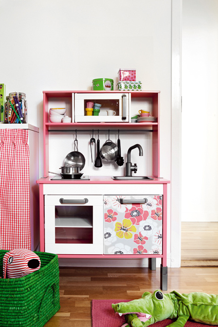 Dětský pokojík - IKEA kuchyňka