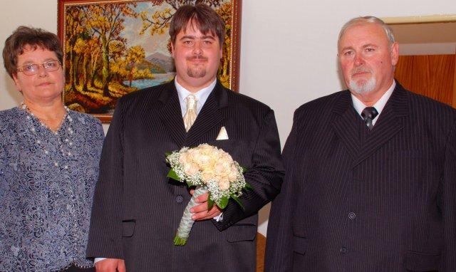 Elenka{{_AND_}}Radko Kostrejovi - manzel a jeho rodicia