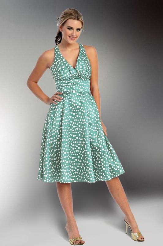 91995db2c63 glamor A co tyto puntíkaté šaty  Vhodné i na léto emoticon