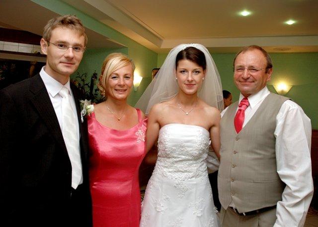 Janka Naštická{{_AND_}}Ondrejko Šeliga - mama Stazka a oco Ondrej