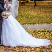 Krajkové svatební šaty, královéhradecký kraj, 36