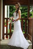 Svatebni šaty s holymi zády , 32