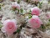 Girlanda do vlasů s květy,