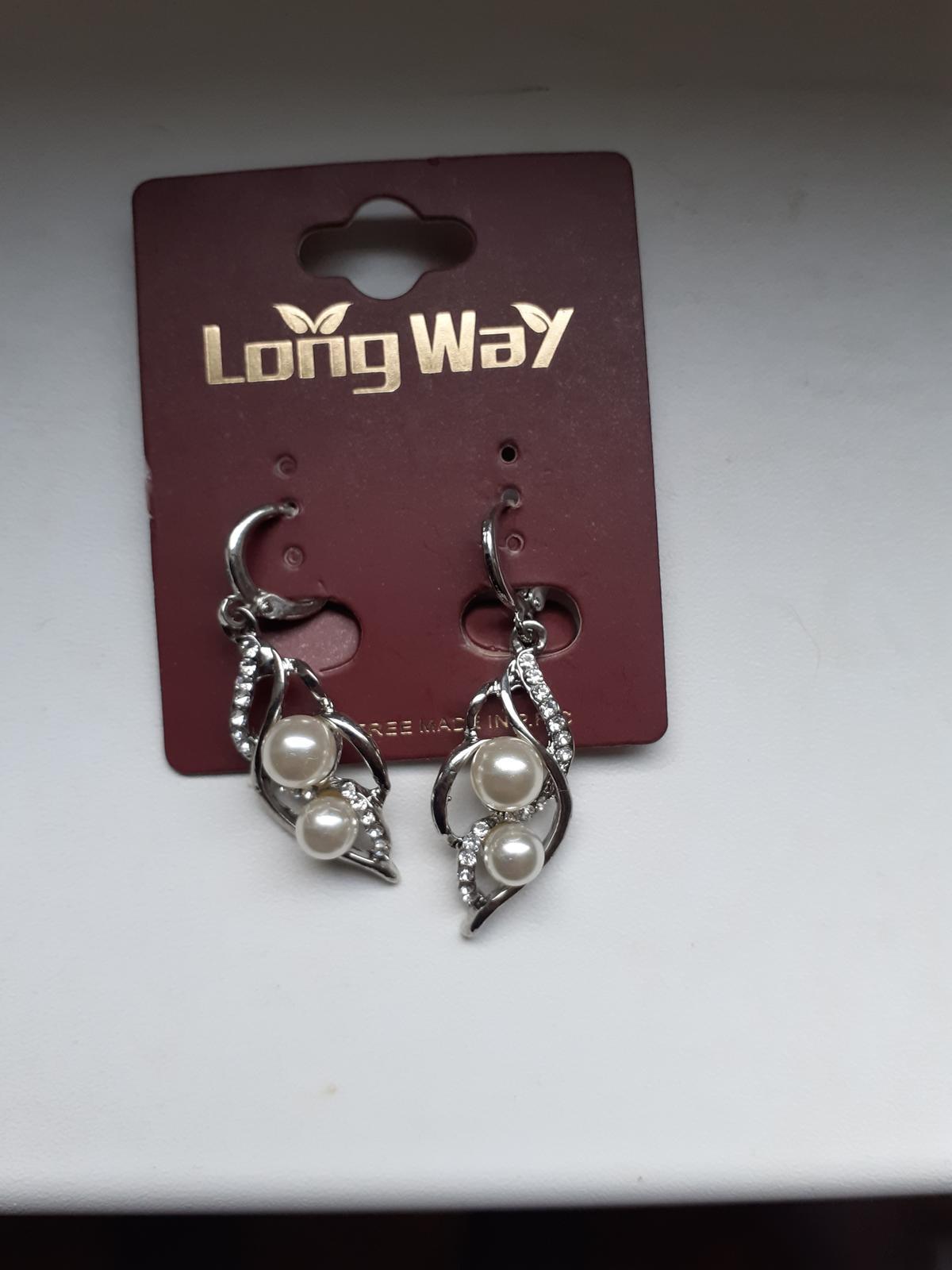 Náušnice s perlami a kamínky - Obrázek č. 1
