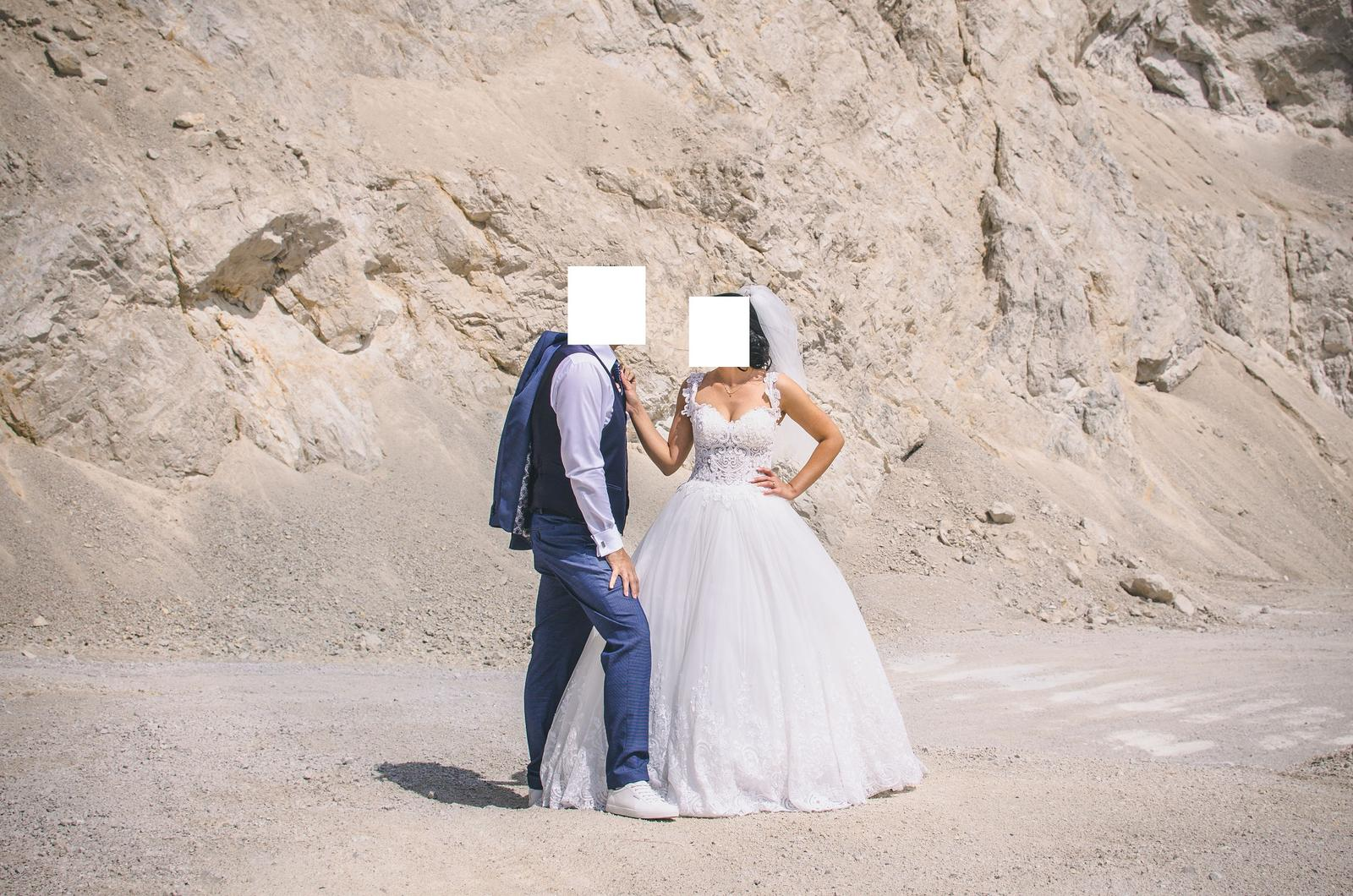 Svadobné šaty IRIAN SAM VENICE 35 veľkosť - Obrázok č. 2