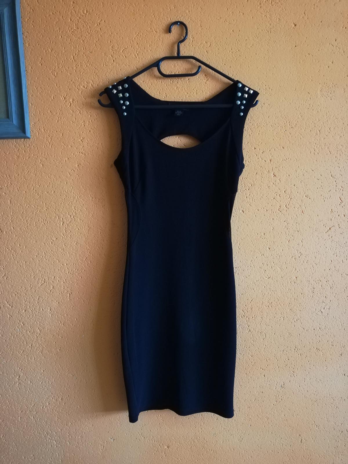 Čierne šaty 34-38 - Obrázok č. 1