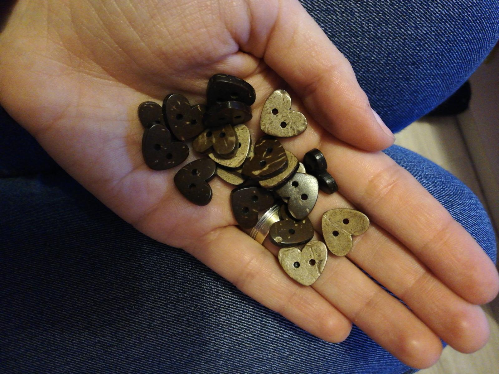 Srdiečka gombíky  - Obrázok č. 1