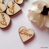 Srdíčka na vývazky LOVE - font č. 4 - 50 ks,