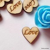 Srdíčka na vývazky LOVE - font č. 5 - 50 ks,