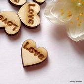 Srdíčka na vývazky LOVE - font č. 7 - 50 ks,