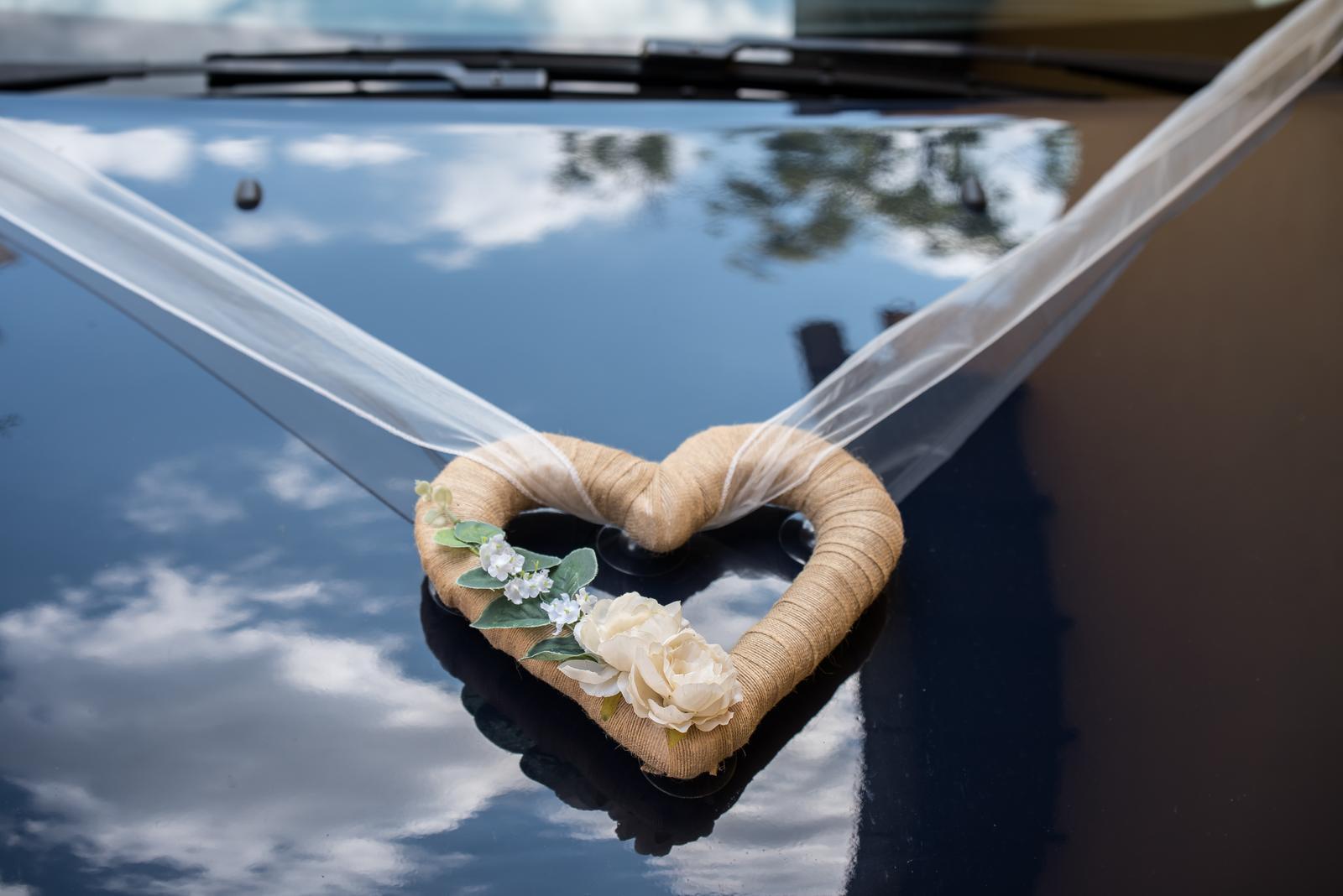 Srdce na auto - Obrázek č. 1