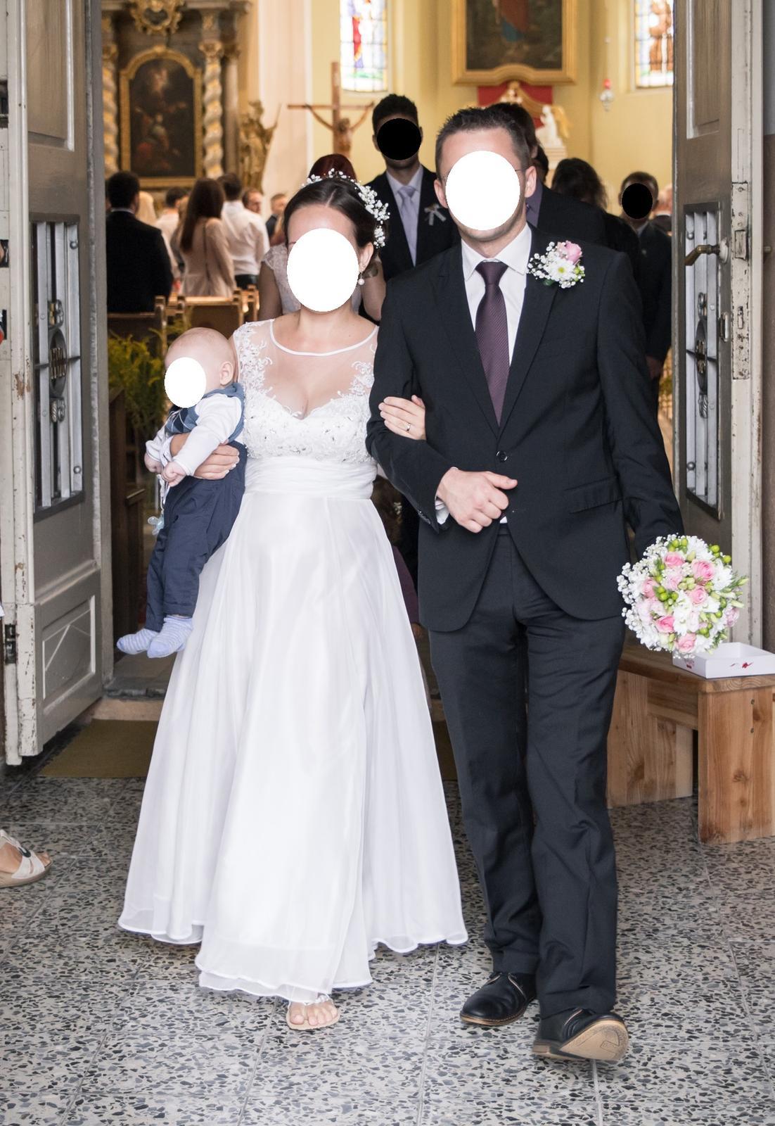 Svatební šaty s krajkou BOHO - Obrázek č. 1