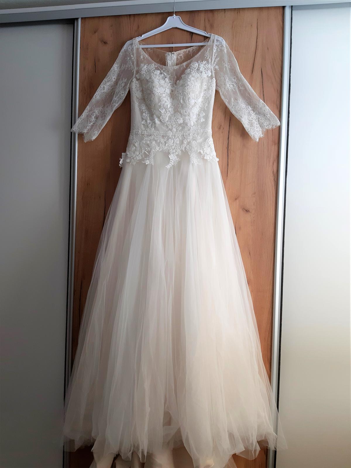 Svatební šaty vel. 40-42 - nepoužité - Obrázek č. 1